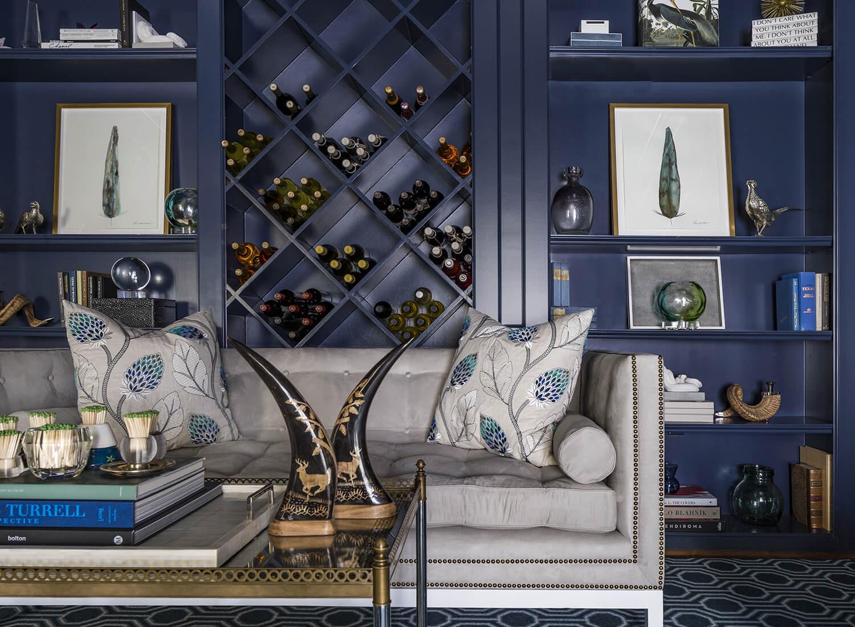 Sofa-Vignette-in-Bar-HI-optimized